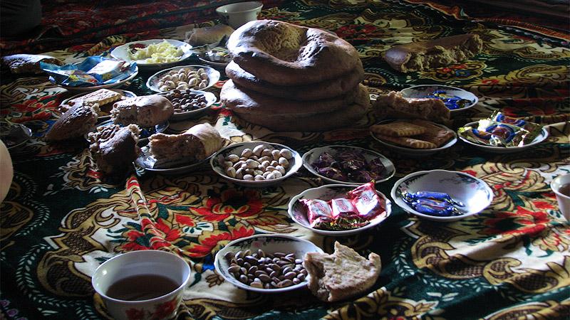 Зашли на чай к таджику