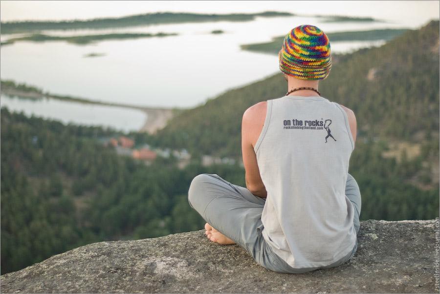 Вид с вершины Окжетпеса