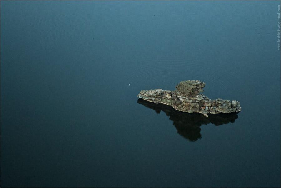 Жумбактас — Камень-загадка