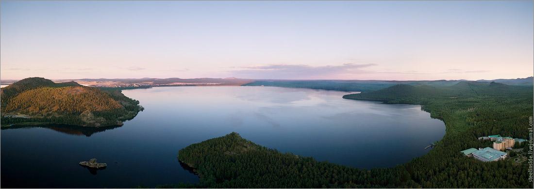 Панорама озера Боровое