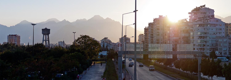Вид с моста на горы