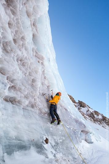 Кирилл Белоцерковский на льду