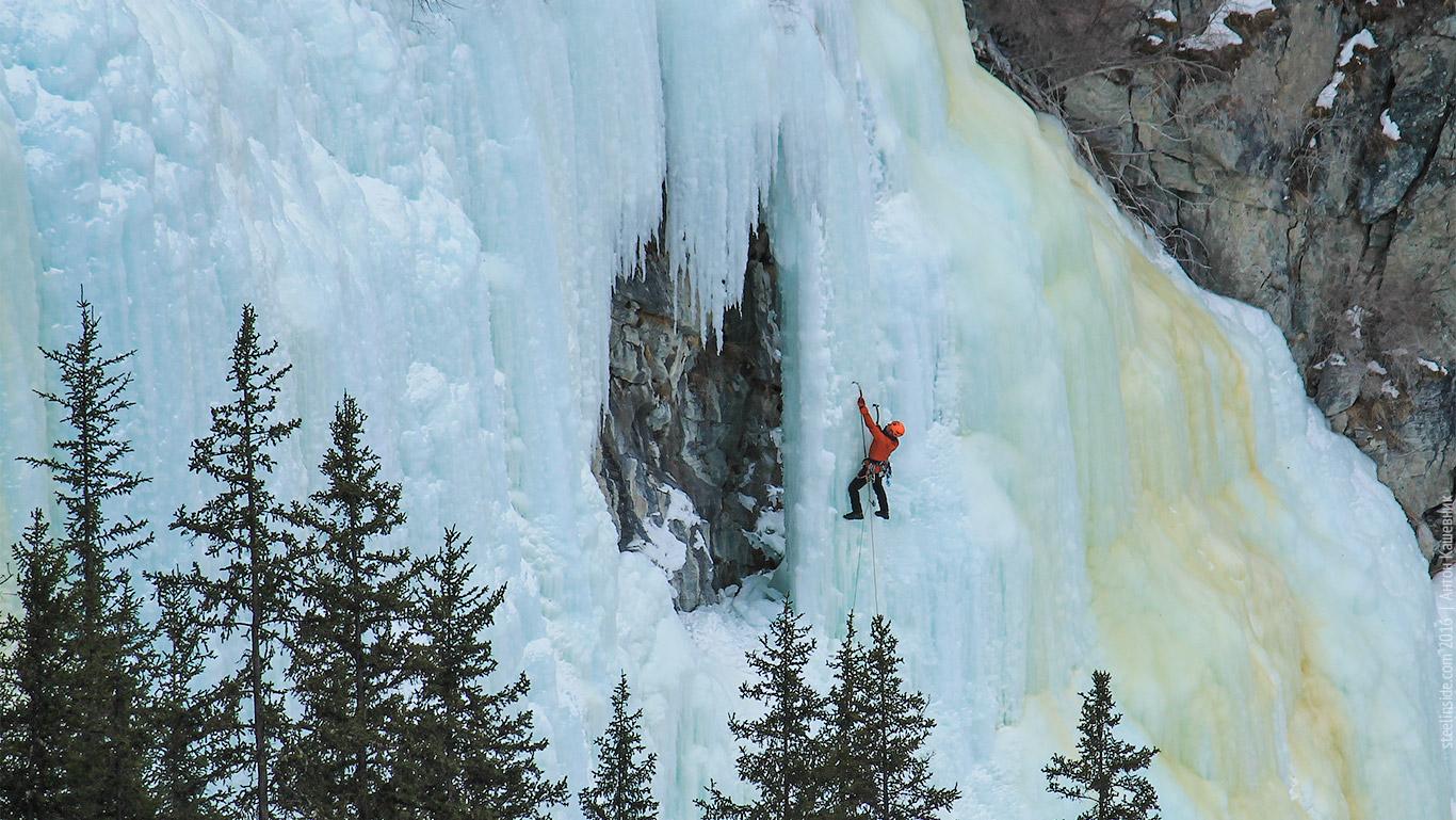 Иван Темерев на водопаде Бажа-Кая