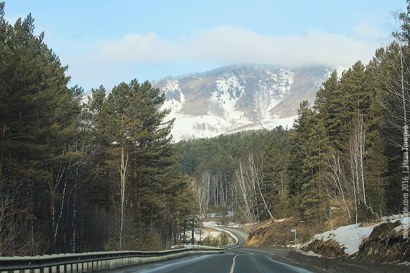 Дорога возле Акташа