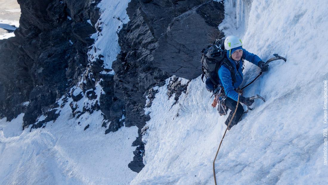Макс Тен на выходе с ледовой ступени