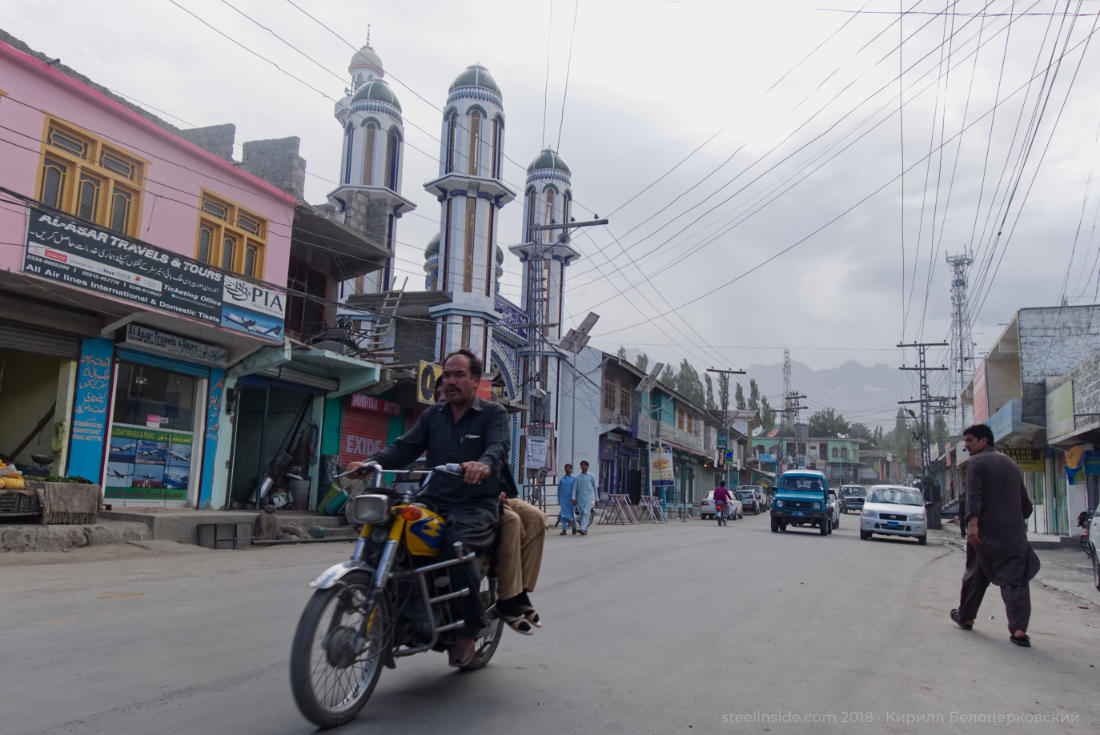 Мотоциклов на улицах много
